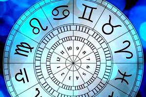 Horoscop 29 ianuarie 2020. Gemenii au parte de multă gălăgie în jurul lor