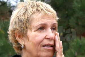 """Soția lui Nicolae Dobrin: """"M-au călcat în picioare, am fost aruncată în stradă cu copiii"""""""
