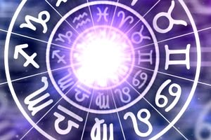Horoscop 5 martie 2020. Vărsătorii sunt preocupați de casă și de familie