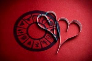 Horoscop 19 martie 2020. Fecioarele au parte de momente tensionate în cuplu